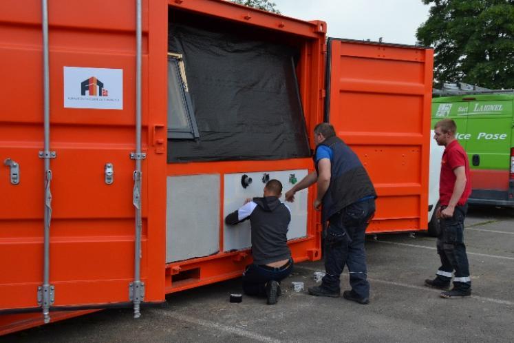 The BIM-PRAXIBAT mobile center